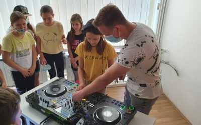 DJ šola in kamp ter glasbena produkcija pod streho KUD Coda