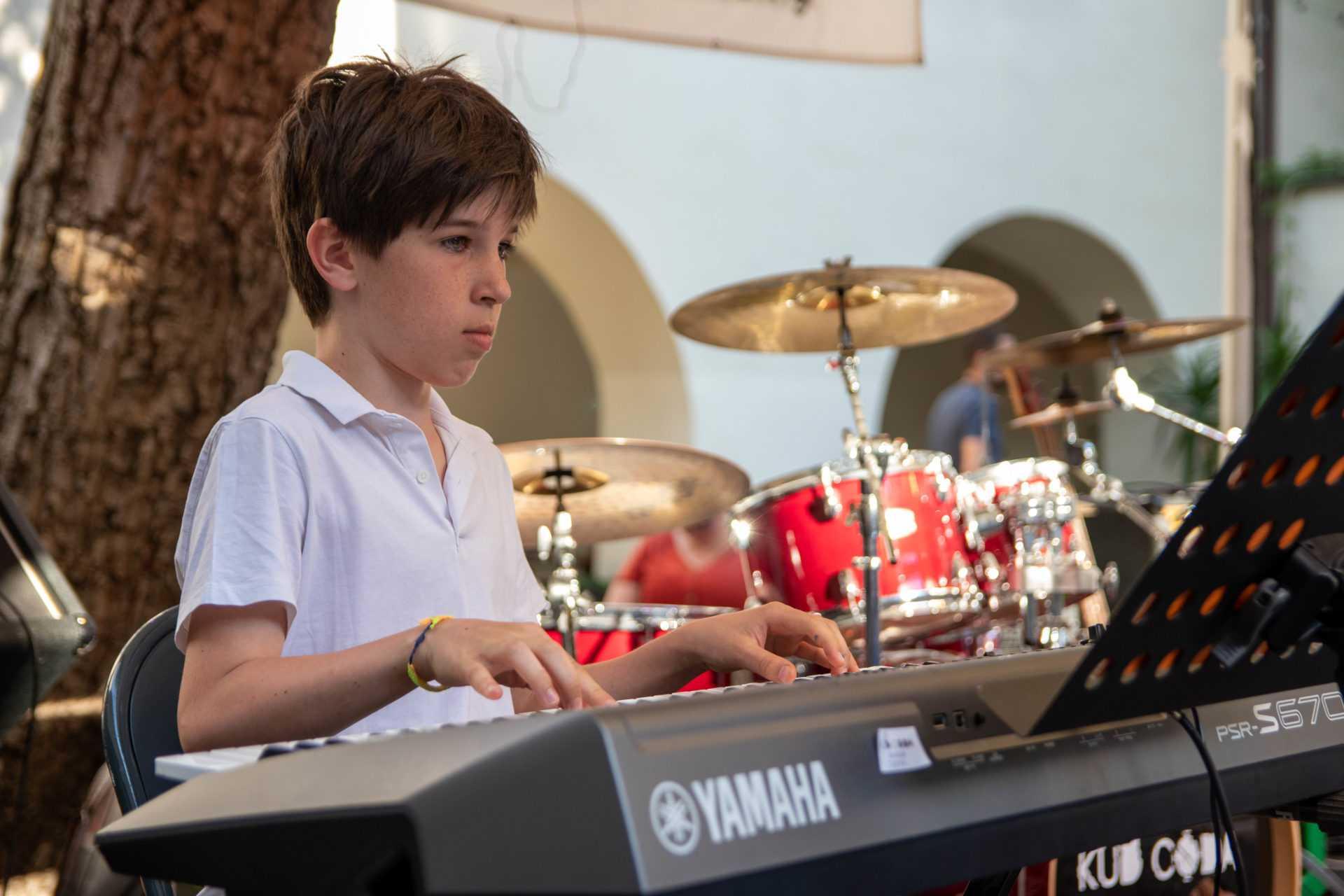 poučevanje elektronskih orgel maribor