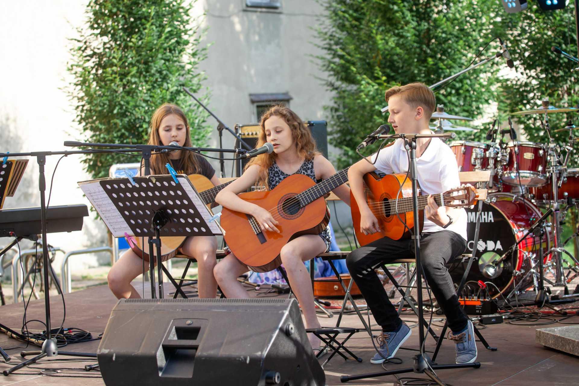 poučevanje klasične kitare